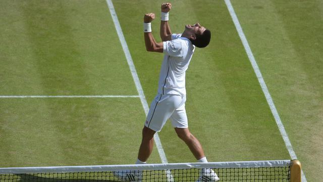 Tenant du titre, Novak Djokovic n'a pas manqué son entrée en lice à Wimbledon.