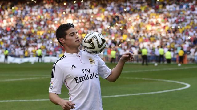 James Rodriguez lors de sa présentation au stade Santiago Bernabeu à Madrid le 22 juillet 2014 [Pierre-Philippe Marcou / AFP]
