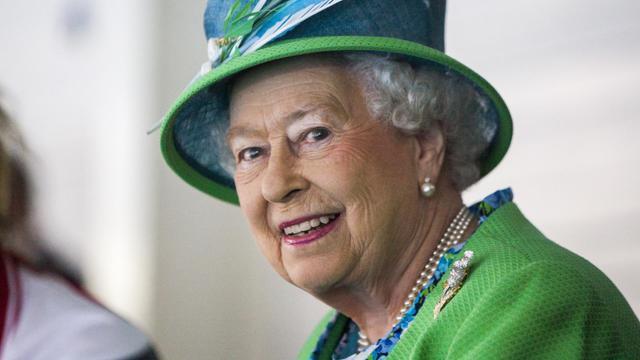 La reine d'Angleterre Elizabeth II au Centre international de natation  Tollcross à Glasgow pendant les jeux du Comonwealth le 24 juillet 2014 [Michael Schofield / POOL/AFP]