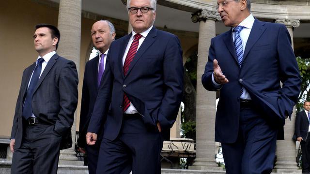 Les ministres ukrainien Pavlo Klimkin, français Laurent Fabius, allemand Frank-Walter Steinmeier et russe Sergei Lavrov le 17 août 2014 à Berlin [Tobias Schwarz  / AFP]