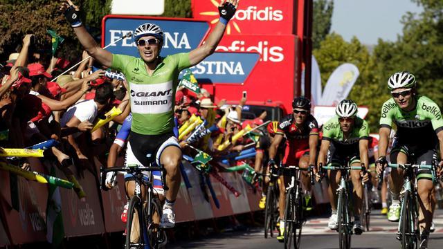 Le coureur allemand de l'équipe Giant John Degenkolb célèbre sa victoire au sprint sur la 5e étape du Tour d'Espagne, courue le 27 août 2014 entre Priego de Cordoba et Ronda. [Jose Jordan / AFP]