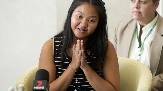 La mère porteuse Pattaramon Chanbua lors d'une conférence de presse à l'hôpital Samitivej dans la province de Chonburi, en Thaïlande, le 5 août 2014  [Pornchai Kittiwongsakul / AFP]