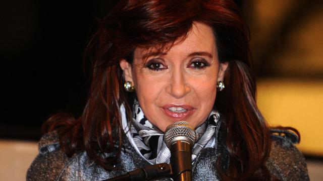 Le présidente argentine Cristina Kirchner à l'aéroport de Luque au Paraguay le 12 août 2014 [Noberto Duarte / AFP/Archives]