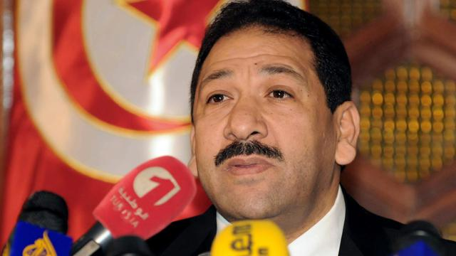 Le ministre tunisien de l'Intérieur Lotfi Ben Jeddou à Tunis le 4 février 2014 [Fethi Belaid / AFP/Archives]