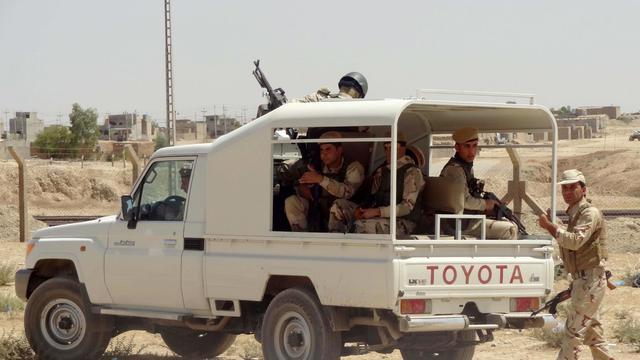 Des kurdes se positionnent le 24 août 2014 autour de Kirkouk, au nord de l'Irak  [Marwan Ibrahim / AFP]