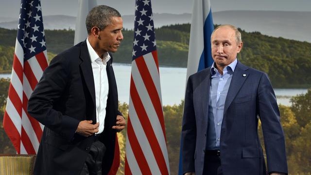 Barack Obama et Vladimir Poutine le 17 juin 2013 à Enniskillen [JEWEL SAMAD / AFP Photo]