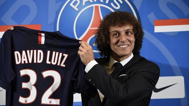 Le défenseur brésilien du PSG David Luiz, lors de sa présentation officielle, le 7 août 2014 à Paris [Lionel Bonaventure / AFP]