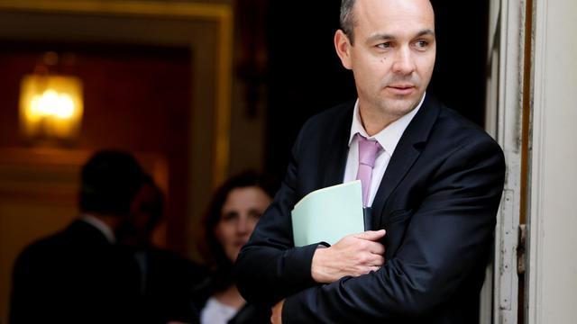 Le secrétaire général de la CFDT Laurent Berger quitte l'hôtel Matignon le 22 mai 2013 [KENZO TRIBOUILLARD / AFP/Archives]