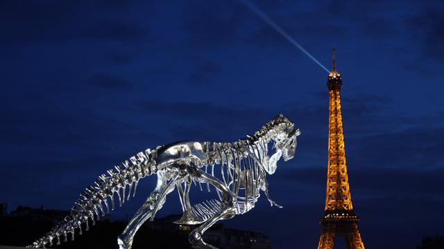 La viande de tyrannosaure est proposée en édition limitée dans un restaurant parisien.