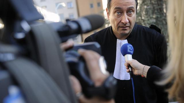 Photo prise le 21 mai 2008 à Ajaccio de l'avocat Jean-Michel Mariaggi répondant aux journalistes [STEPHAN AGOSTINI / AFP/Archives]