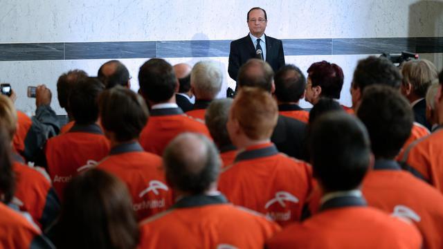 François Hollande le 26 septembre 2013 devant les salariés d'ArcelorMittal à Florange [Patrick Hertzog / AFP/Archives]