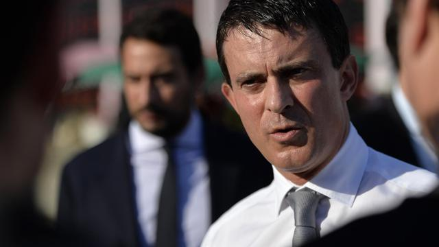 Manuel Valls le 18 octobre 2013 à Pointe-à-Pitre, en Guadeloupe [Miguel Medina / AFP]