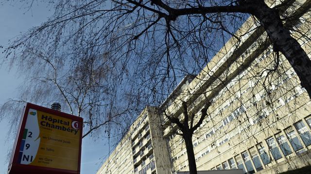 L'entrée de la maternité de l'hôpital de Chambéry le 8 janvier 2014 [Philippe Desmazes / AFP/Archives]