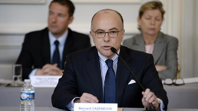 Le ministre de l'Intérieur Bernard Cazeneuve à Paris le 10 avril 2014 [Martin Bureau / AFP/Archives]