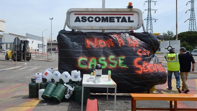 Des salariés en grève d'Ascométal le 20 mai 2014 à Fos-sur-Mer [Boris Horvat / AFP]