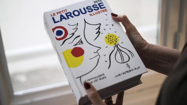 Pour célébrer le plus que centenaire Petit Larousse illustré, la couverture, les pages de garde et les lettrines ont été relookées par Jean-Charles de Castelbajac [Fred Dufour / AFP/Archives]