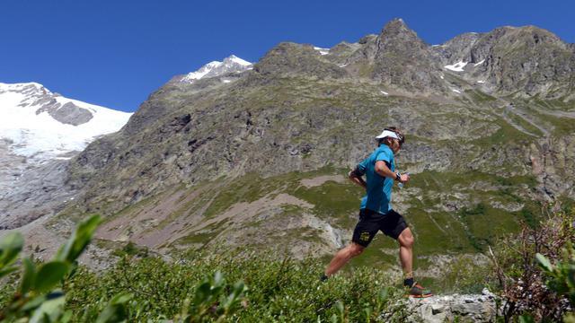 Le Français Xavier Thevenard, vainqueur en 2013 de l'Ultra-Trail du Mont-Blanc, s'entraînant près de Chamonix (Haute-Savoie), le 21 juin 2014 [Jean-Pierre Clatot / AFP/Archives]