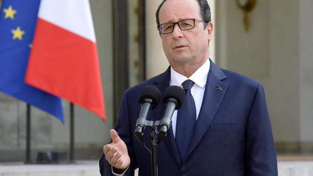 Francois Hollande le 24 juillet 2014 dans la cour de l'Elysée à Paris [Bertrand Guay / AFP/Archives]