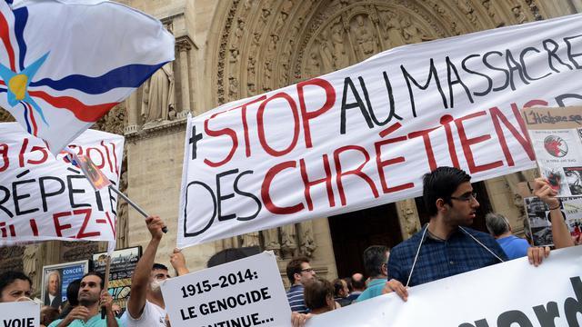 Rassemblement de soutien aux chrétiens d'Orient sur le parvis de la cathédrale de Paris, le 27 juillet 2014  [Pierre Andrieu / AFP/Archives]