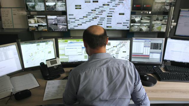 La salle de contrôle du péage de Saint-Arnoult-en-Yvelines, le 31 juillet 2014 [Matthieu Alexandre / AFP]