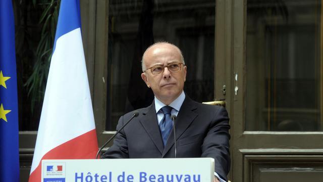 Le ministre français de l'Intérieur Bernard Cazeneuve, le 2 août 2014 à Paris [Dominique Faget / AFP]