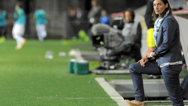 Corinne Diacre lors de son premier match professionnel en tant qu'entraîneure de Clermont, en Ligue 2 le 4 août 2014 en Bretagne contre Brest. [Fred Tanneau / AFP]