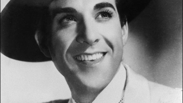 """Un portrait non daté du """"prince de l'opérette"""" Luis Mariano [- / AFP/Archives]"""