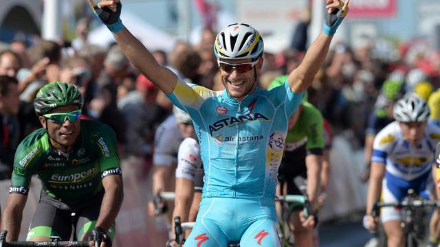L'Italien Andrea Guardini de l'équipe Astana célèbre sa victoire sur la première étape du Tour du Benelux à Terneuzen, Pays-Bas, le 11 août 2014. [David Stockman / AFP/Archives]