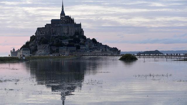Le Mont-Saint-Michel le 12 août 2014 [Miguel Medina / AFP]