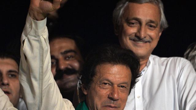 L'ex-star du cricket pakistanais et politicien de l'opposition Imran Khan lors d'un rassemblement pour réclamer la chute du Premier ministre Nawaz Sharif, le 17 août 2014 à Islamabad [Aamir Qureshi / AFP]