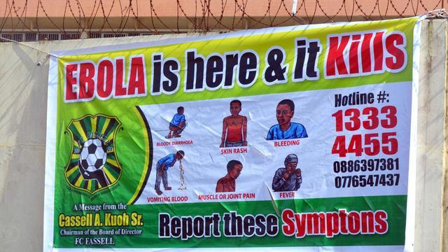 Une affiche de prévention concernant le virus Ebola le 19 août 2014 à Monrovia, au Libéria [Zoom Dosso / AFP/Archives]