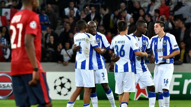 Les joueurs de Porto fêtent le but d'Hector Herrera face à Lille, le 20 août 2014 au stade Pierre Mauroy  [Philippe Huguen / AFP]