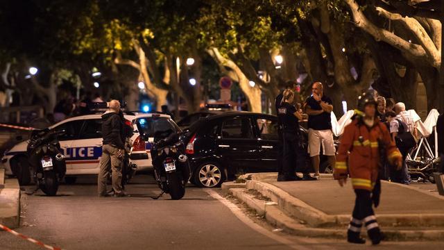 Des policiers sur le lieu de la fusillade survenue lors d'une course-poursuite le 24 août 2014 à Marseille [Bertrand Langlois / AFP]