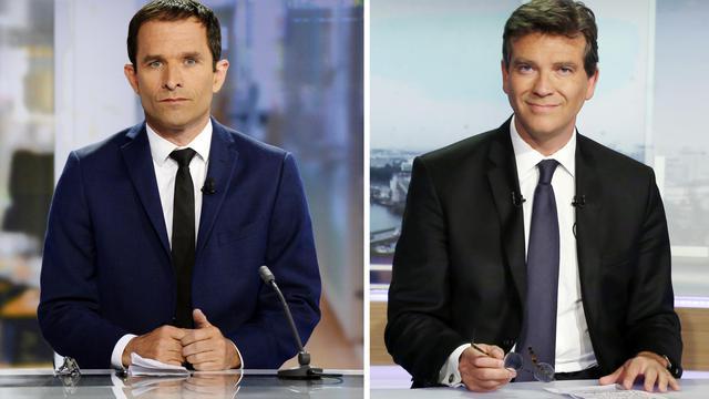 Combinaison de deux photos montrant Arnaud Montebourg, ancien ministre de l'Economie et Benoît Hamon, ancien ministre de l'Education nationale le 25 août à la télévision [Thomas Samson, Bertrand Guay / AFP/Archives]