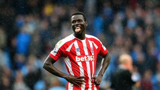 Le Sénégalais de Stoke City Mame Biram Diouf savoure après avoir marqué l'unique but du match contre Manchester City, le 30 août 2014 à Etihad stadium [ / AFP]