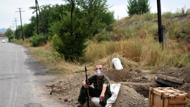Un soldat pro russe à Troïtsko-Khartsizk en Ukraine, le 28 août 2014 [Francisco Leong / AFP]