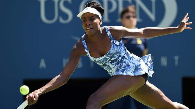 Venus Williams face à Kimiko Date-Krumm pour le 1r tour de l'US Open le 25 août à New York [Don Emmert / AFP]