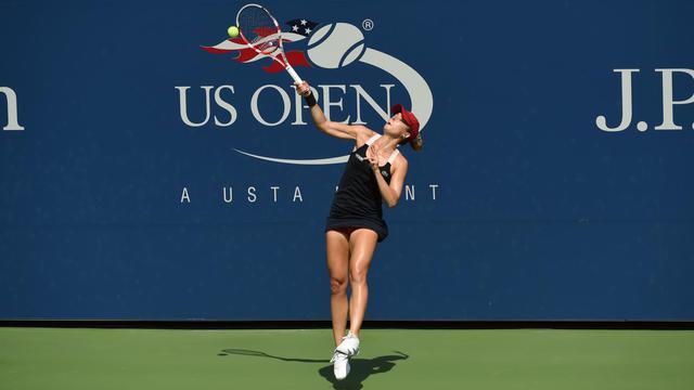 La Française Alizé Cornet lors du 2e tour de l'US Open qui l'opposait à la Slovaque Daniela Hantuchova, le 27 août 2014 à New York. [Timothy A. Clary / AFP]