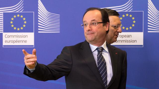 François Hollande et le président de la Commission européenne  Jose Manuel Barroso, le 15 mai 2013 à Bruxelles [Bertrand Langlois / AFP/Archives]