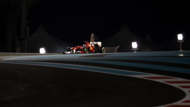 La Ferrari de l'Espagnol Fernando Alonso sur le circuit D'Abu Dhabi lors des essais qualificatifs le 12 novembre 2011 [ / AFP]