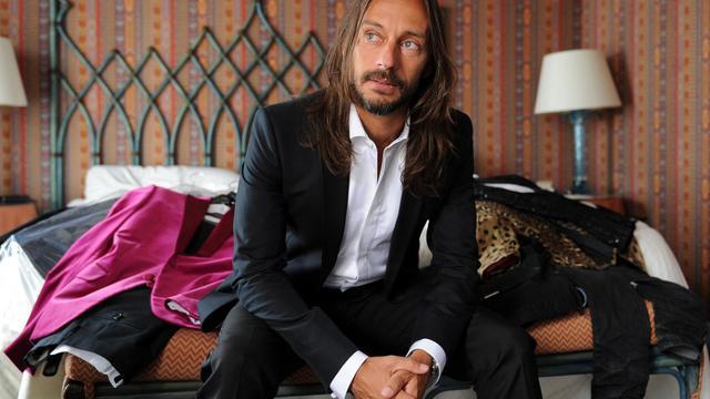 Bob Sinclar, DJ français mondialement connu, fait étape au Festival de Venise, où il fait partie du jury chargé de récompenser le meilleur premier film, une responsabilité que cette icône du clubbing prend très au sérieux[AFP]