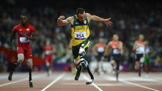 La star sud-africaine Oscar Pistorius tentera jeudi soir à Londres de défendre son titre sur 100 m, après avoir perdu celui sur 200 m [AFP]
