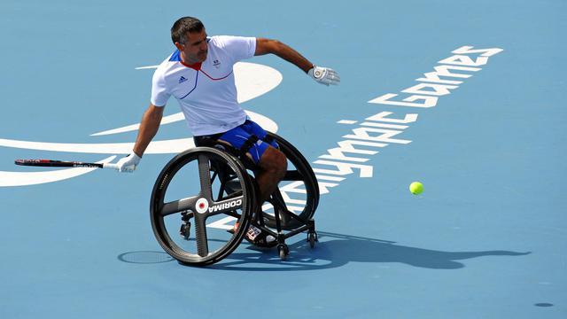 La France a gagné deux médailles supplémentaires en tennis de table vendredi aux jeux Paralympiques de Londres, ainsi qu'une médaille de bronze en double en tennis et le bronze en cyclisme sur route, portant son total à 38 médailles [AFP]