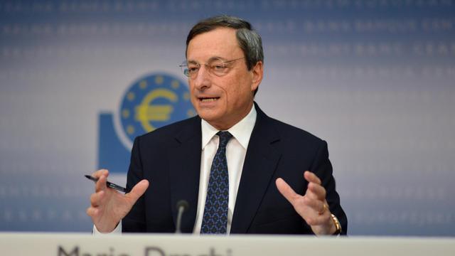 L'annonce par la Banque centrale européenne d'un nouveau plan de rachat d'obligations d'Etat a réjoui les analystes, qui lui décernent un satisfecit vendredi, mais aucun ne considère que la crise de l'euro est terminée pour autant, car plusieurs interrogations demeurent. [AFP]