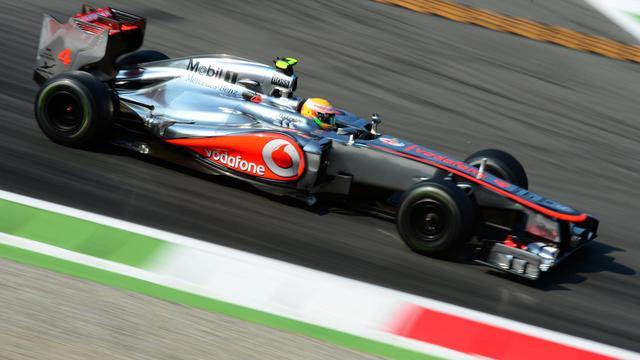 Le Britannique Lewis Hamilton (McLaren-Mercedes) a signé le meilleur temps de la 2e séance d'essais libres du Grand Prix d'Italie de Formule 1, sur le circuit de Monza. [AFP]