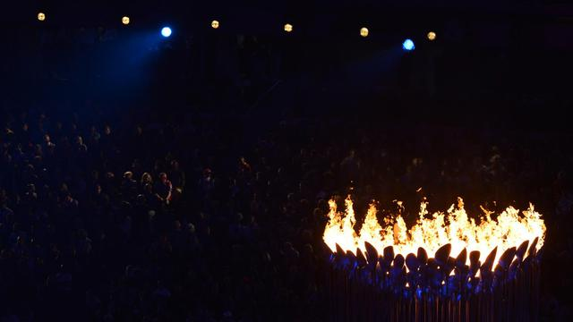 La flamme paralympique devait s'éteindre dimanche soir à Londres, après d'ultimes compétitions au coeur même de la ville et une cérémonie dans le stade de Stratford, point final d'un été sous le signe du sport de haut niveau, entamé avec les JO. [AFP]