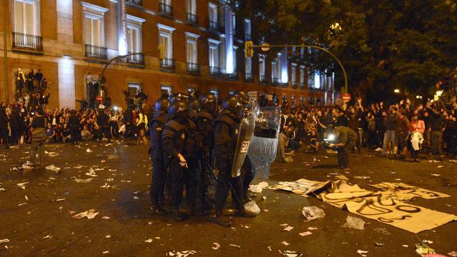 Affrontements entre policiers et manifestants le 25 septembre 2012 à Madrid [Pierre-Philippe Marcou / AFP]