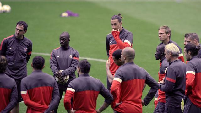 Les joueurs du PSG, dont l'attaquant suédois Zlatan Ibrahimovic (c), à l'entraînement à Porto, le 2 octobre 2012. [Miguel Riopa / AFP]