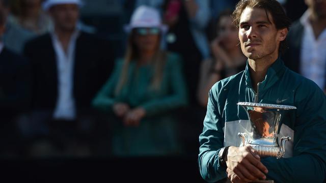 L'Espagnol Rafael Nadal vainqueur du Masters 1000 de Rome après avoir battu Roger Federer le 19 mai 2013 à Rome [Filippo Monteforte / AFP]