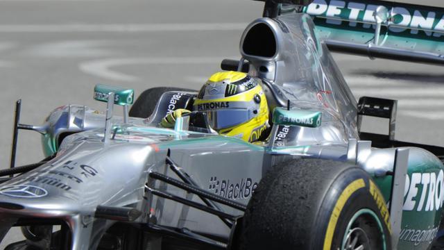 Le pilote allemand de Mercedes Nico Rosberg le 23 mai 2013 lors de la première séance d'essais du GP de Monaco [Boris Horvat / AFP]